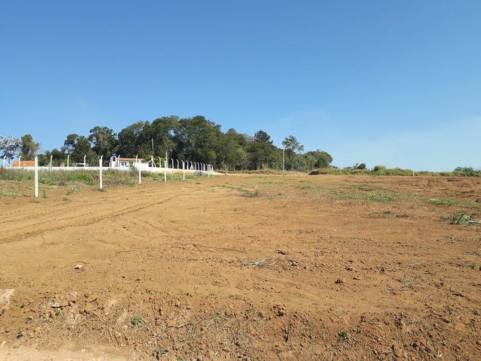 b terreno 1.000 m2 300 mts da rodovia, c/ portaria só 40mil