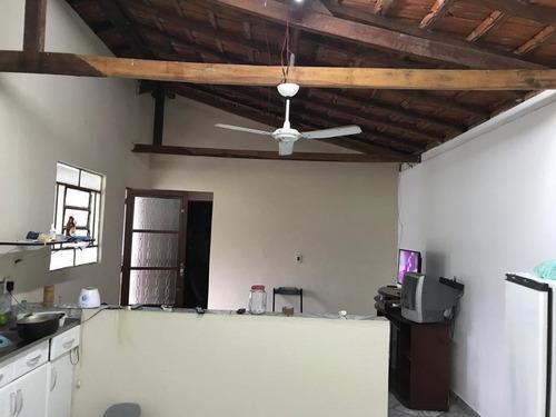 b01 chacara c/ casa de 2 quartos e 2 banheiros
