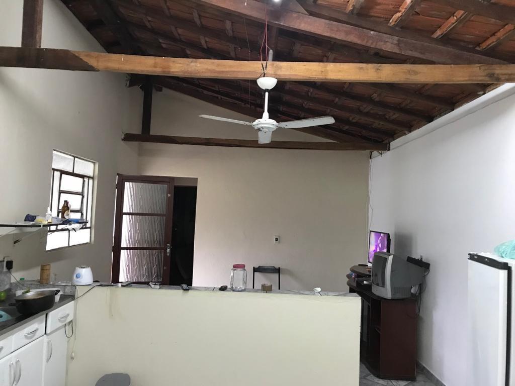 b01 chacara de1500m² c/ garagem e amplo espaço p/ lazer