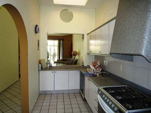 b3410. hermosa casa en condominio en dr. jose g. parres