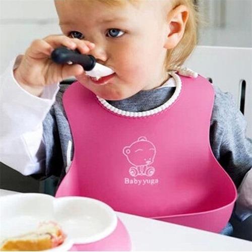 babero de silicona con bolsillo anti derrames niños