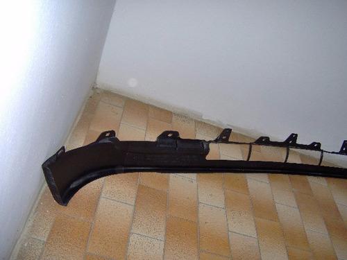 babero o deflector triton 2000-2004.nuevo.original