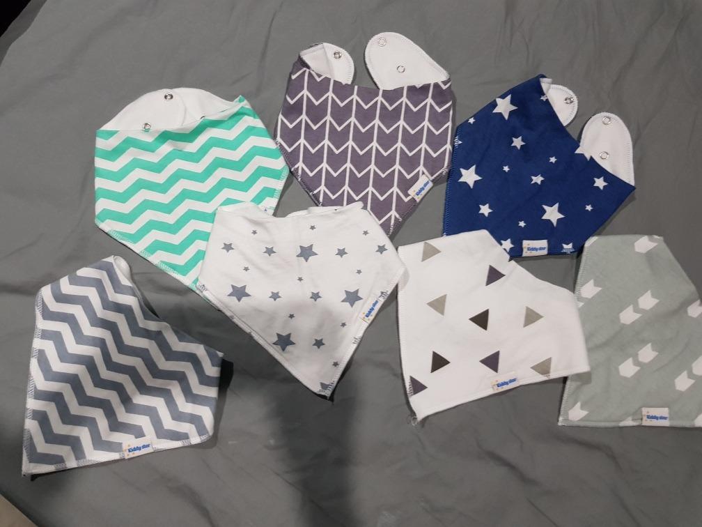 baberos bebe niño orgánicos varon ropa ajustable paq de 7. Cargando zoom. 9baaed4cbcaf