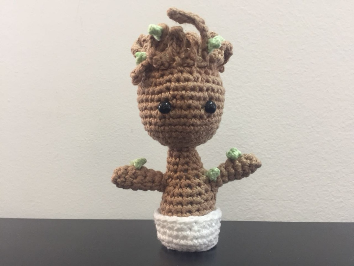 Making Baby Groot - Crochet Tutorial // duchessofcrafting - YouTube | 900x1200