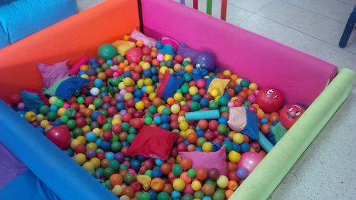baby gym. parques, balancines, columpios, toboganes, piscina