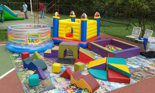 baby gym, zona didáctica, carritos, mesas, piscina de pelot