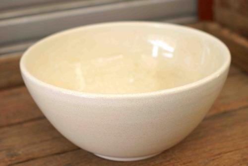 bacha artesanal de cerámica de 28cm. para apoyar o embutir