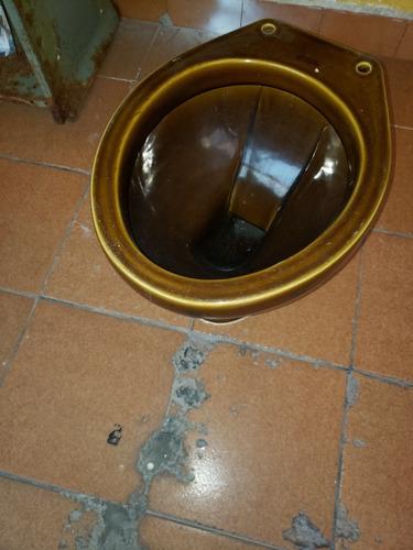 bacia sanitária marrom ideal standard usada