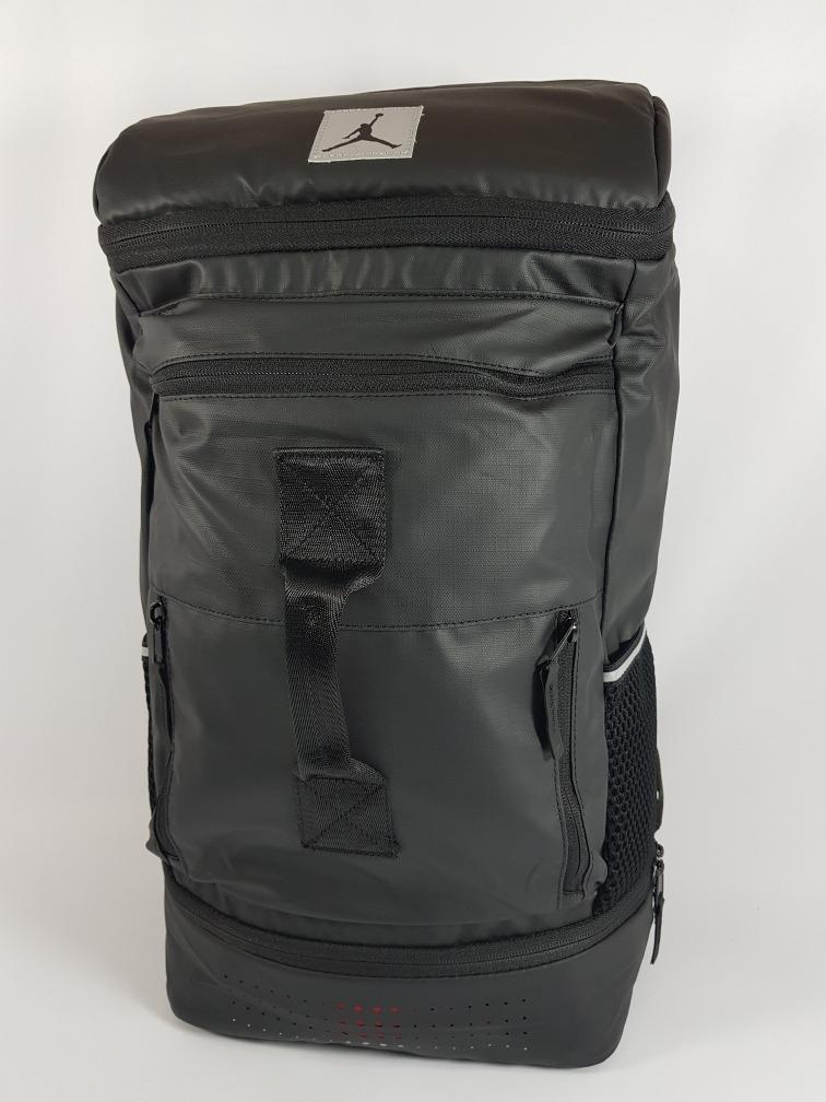 backpack nike jordan negra compartimento para lap. Cargando zoom. 78784497a09ef