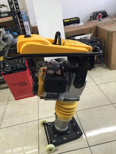 bailarina compactadora motor subaru 4 hp japones doblefiltro