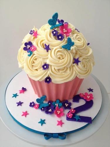 bailarina para decorar bolo + jogo de bicos com 22 peças
