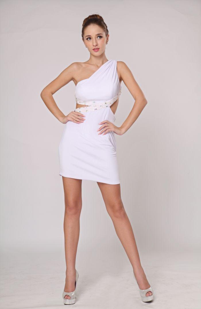 Vestidos de fiesta cortos y blancos