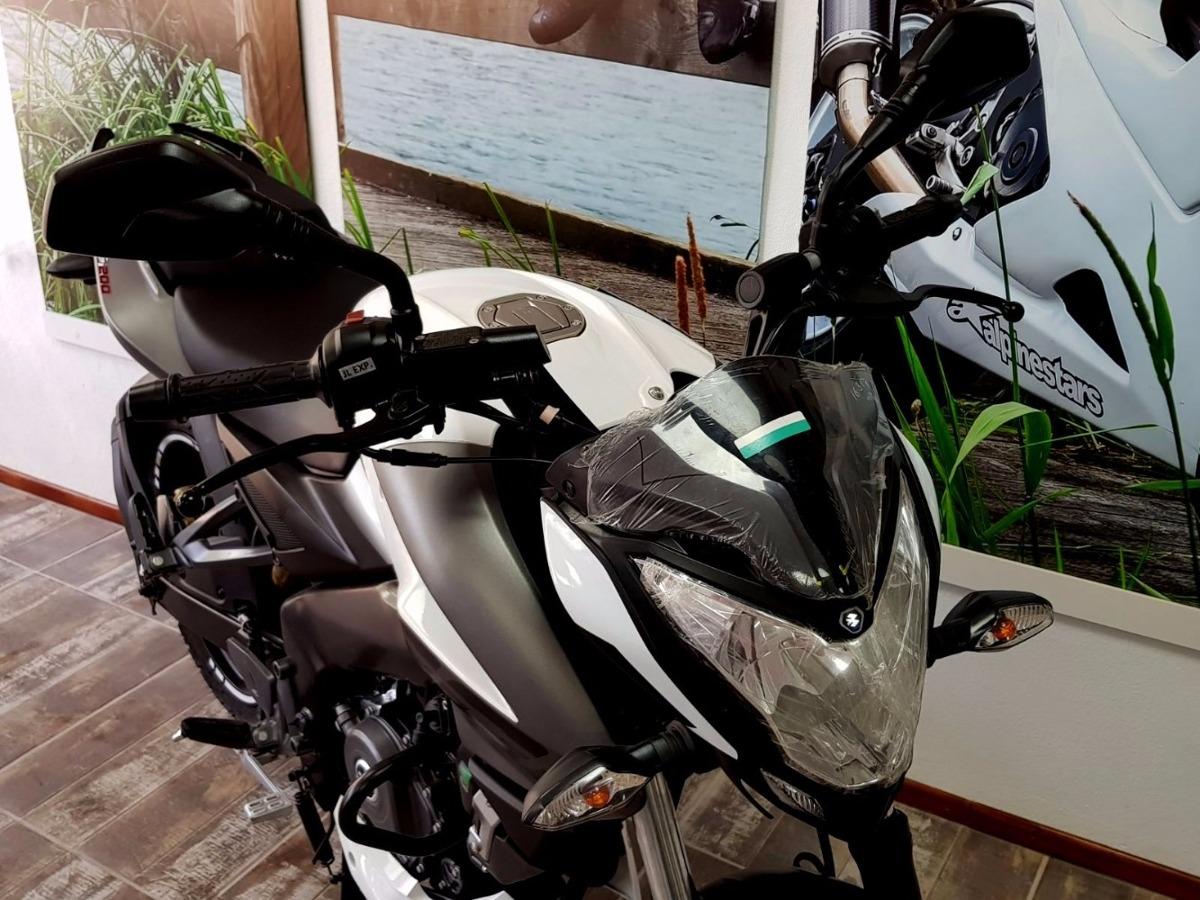Resultado de imagen de motos garage