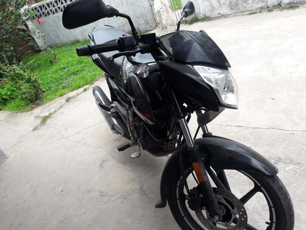 Yamaha FZ16 Panther Black
