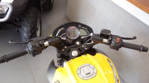 bajaj rouser 200 motos