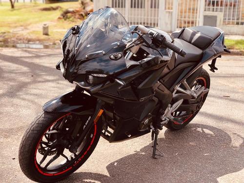 bajaj rs 200 // 2016 // liquidoo // tomo moto o auto