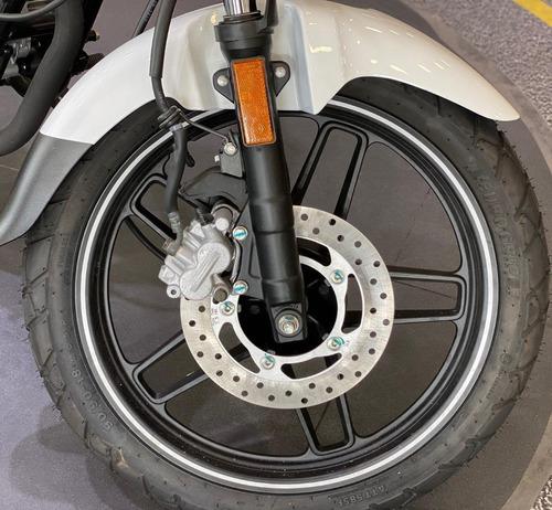 bajaj v15  invencible  globalmotorcycles