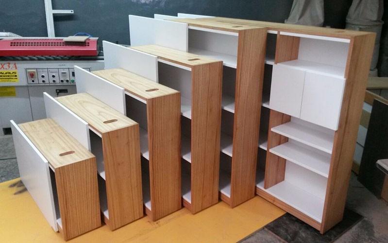 bajo escalera mueble alacena bibliotecas ocultas paraso