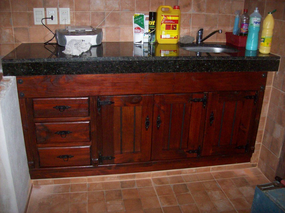 Bajo mesada cocina madera maciza en mercado for Mesadas para cocina uruguay