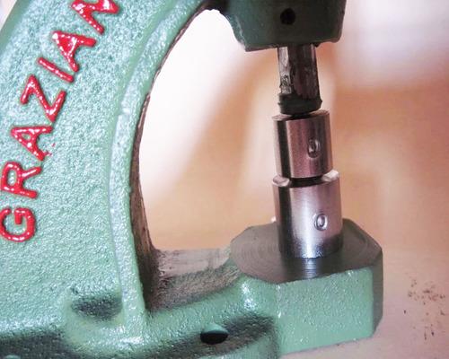 balancim máquina pressão pregar + 200 botões + matriz 12 top