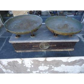 Balanza Antigua 2 Platos(p/restaurar)
