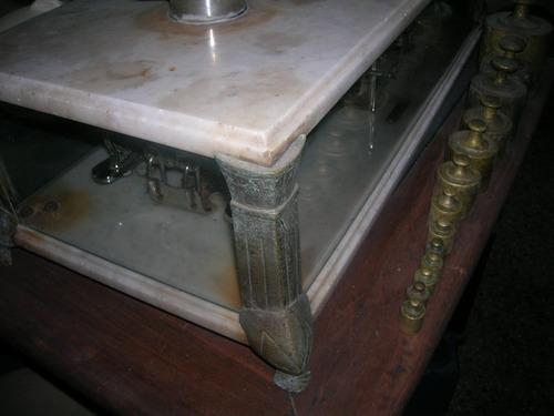 balanza de dos platos arcillo almacen de campo