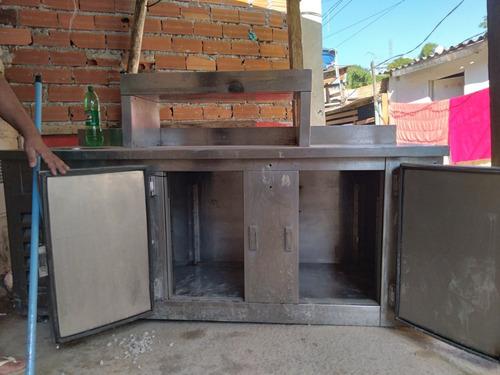 balcão de serviços com refrigerador 2 portas e pia