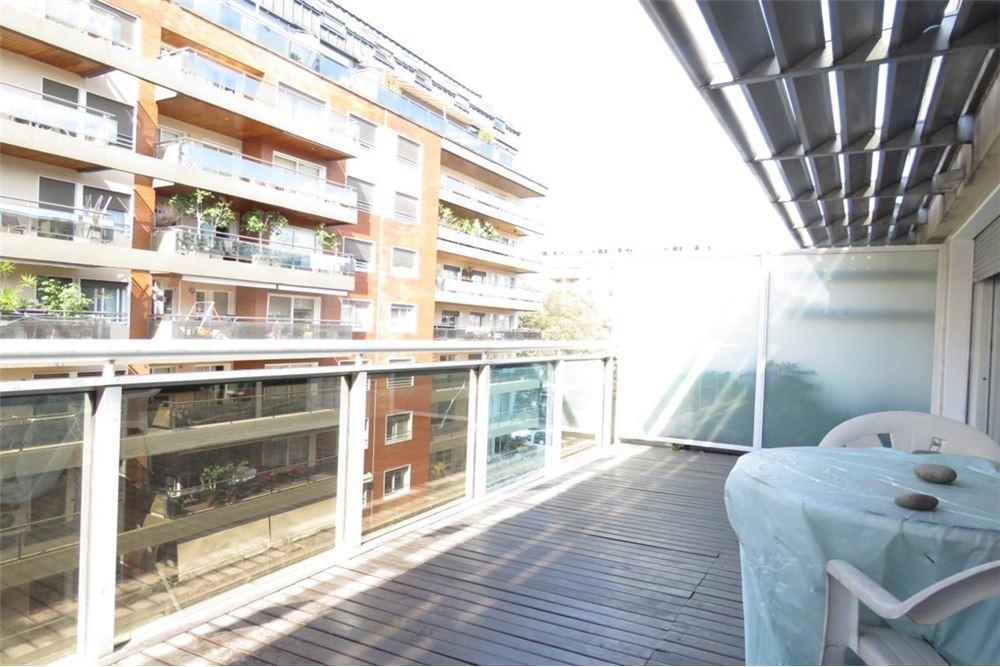 balcón aterrazado , disposición frente
