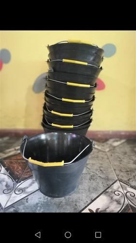 baldes de albañil