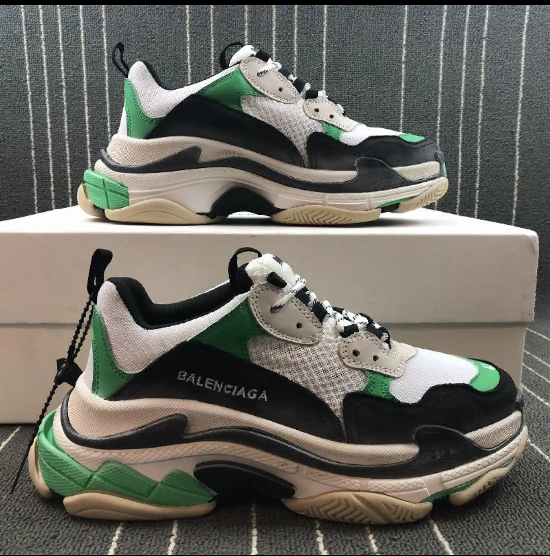 balenciaga triple s negro y verde