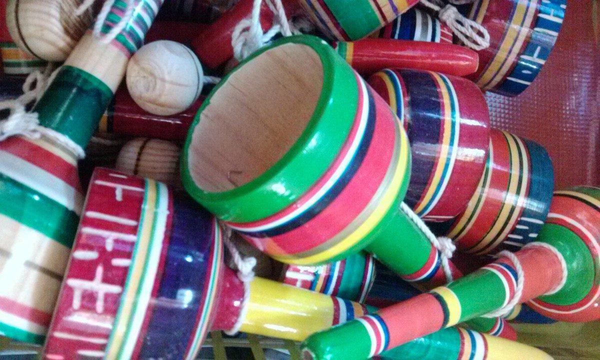 Balero Juguete Juego Madera Tipico Mexicano B 99 00 En Mercado Libre