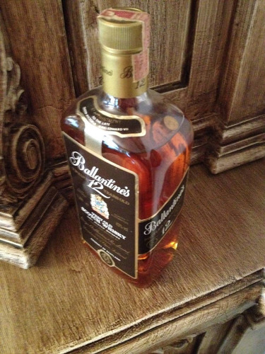 ballantines very old scotch whisky- 12 years-bot.80's-43%