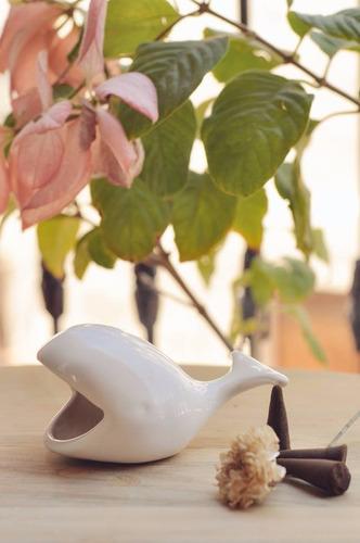 ballena de cerámica para incienso de cono san pedro cactus