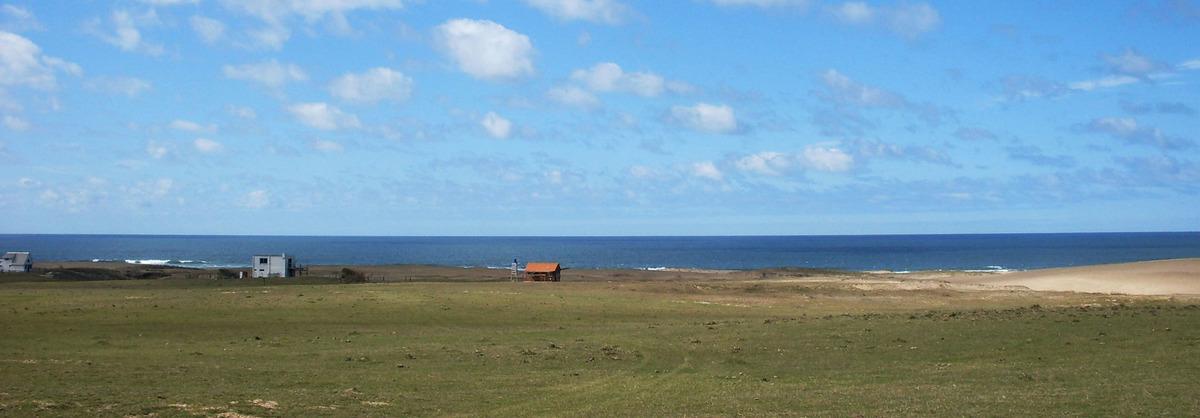 balneario atlántica/ rocha (entre la pedrera y cabo polonio)