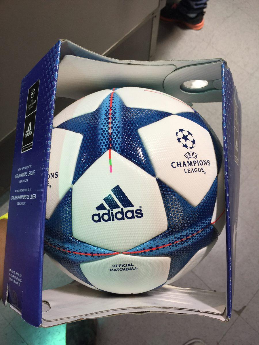balón champions 2015-2016 omb. Cargando zoom. b1798451543e6