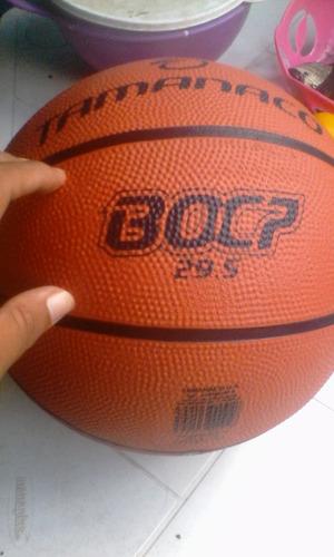 balon de baloncesto