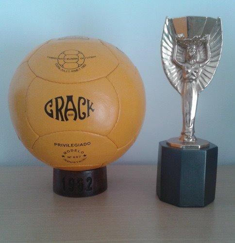 Balón Mundial Chile 1962. Crack (pre adidas) - U S 179.00 en Mercado ... 286572bdbc2a6