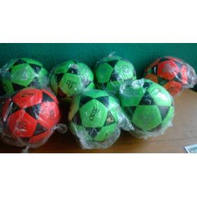 ec0fc00dfa98e Pelota De Cuero Sintetico Para Voleibol N 5 - Balones de Fútbol en Mercado  Libre Perú