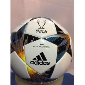 c272f15605050 Mini Balon adidas Capitano Champions League Finale Kiev 2018
