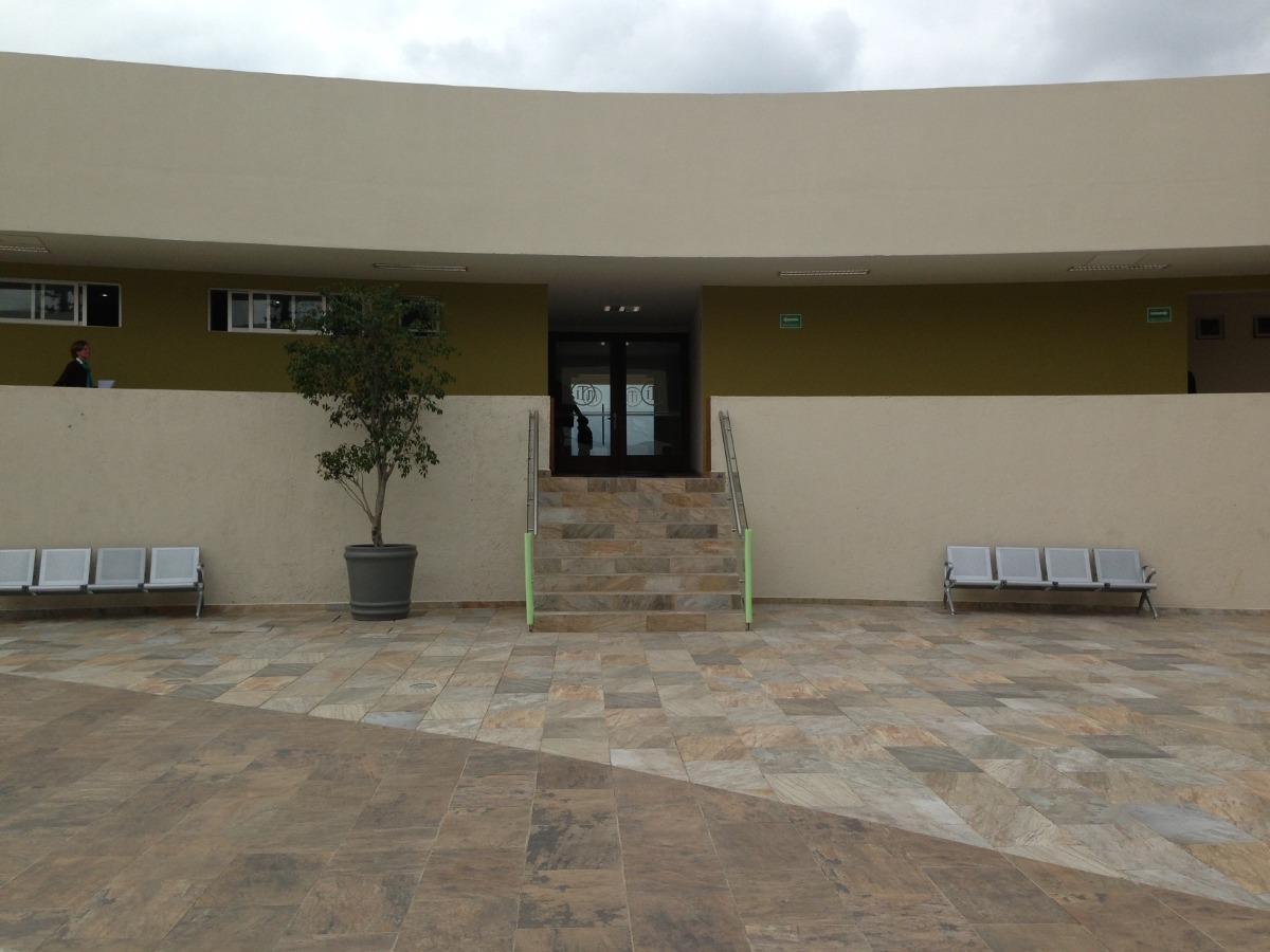 Banca tandem 4 plazas hospitales y oficinas 5 for A banca oficinas