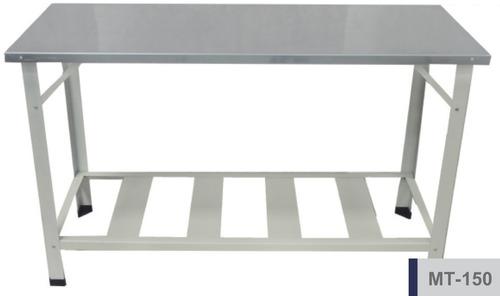 bancada de trabalho em chapa de aço inox / 1,50 mt x 0,60 mt