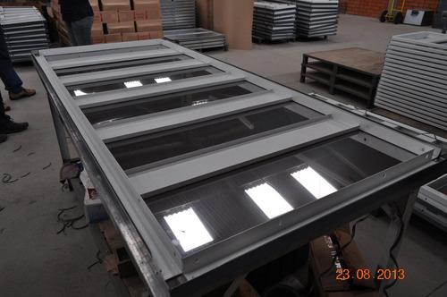 bancada de trabalho em chapa de aço inox / 1,90 mt x 0,80 mt