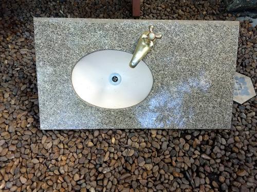 bancada lavatório pia banheiro granito com torneira
