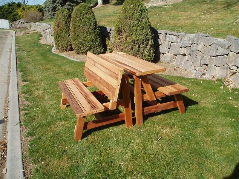 Banco de jard n convertible en mesa para exterior de 2 a 6 for Mesa y banco de jardin
