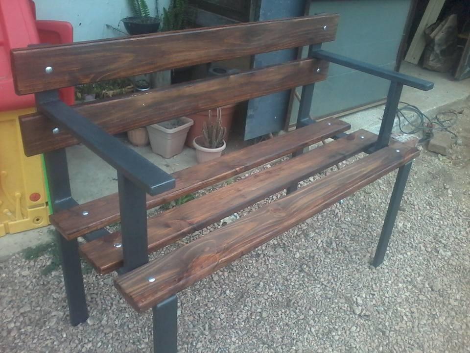 banco de jardin en hierro y madera excelente calidad