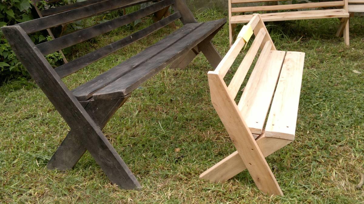 Maderas para jardin great reconstruir el jardin with for Bancos de jardin de madera