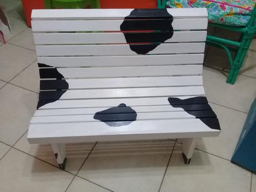 banco de plaza para niños