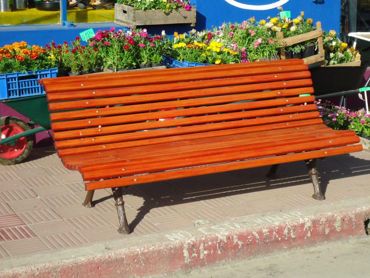 Banco de plaza patas de aluminio en mercado for Bancos de aluminio para jardin