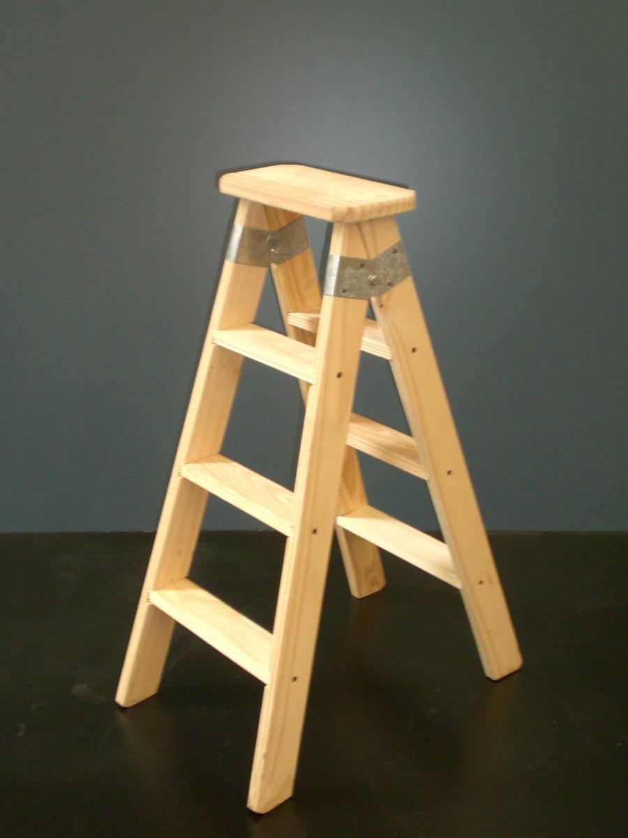 Como hacer una escalera de madera escalera con zancas anchas pesquer hacer bao bajo bajo - Como hacer una escalera plegable para altillo ...