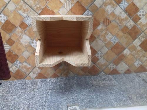 banco madeira 0.32 cm x 0.28 cm x 0.44 cm altura